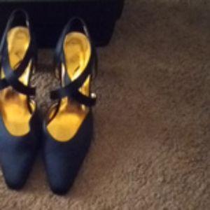 Nina black gold soul heel